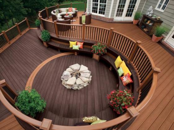 circular-deck-resized-600