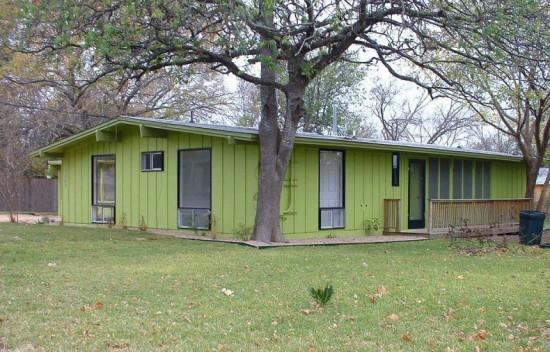 green-house-paint-colors-leaf-green-ranch-paint-color-ideas-790x506